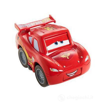 Cars 2 veicoli cambia faccia - Saetta McQueen (V9855)