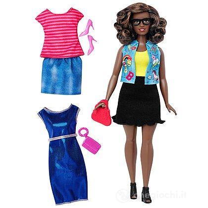 Barbie Fashionistas curvy con abiti (DTF02)
