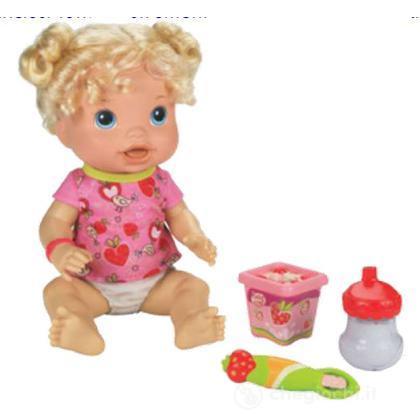 Baby Eva mangia la pappa (98858103)