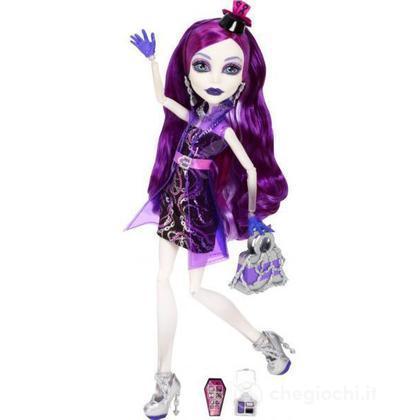 Spectra Vondergeis - Monster High Serata Tra Mostramiche (BBC12)
