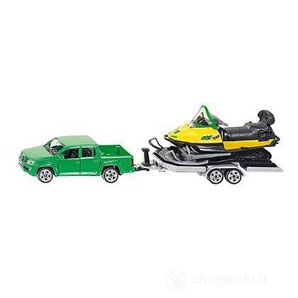 Autovettura con rimorchio e moto da neve 1:50 (2548)