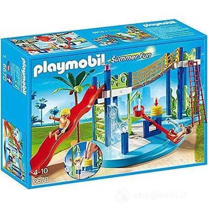 Area gioco con scivoli e doccia (6670)
