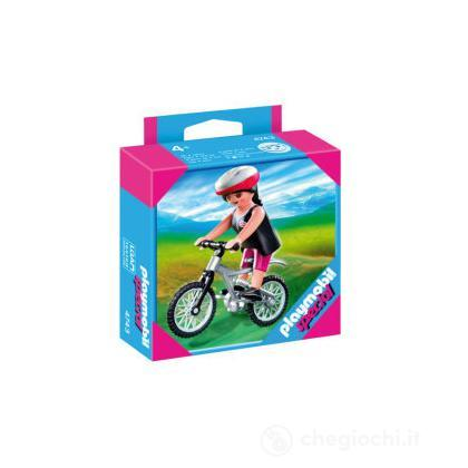 Ciclista in mountainbike (4743)
