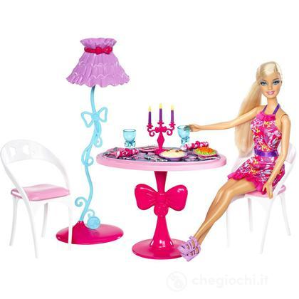 Barbie Glam Sala da pranzo - Barbie e i suoi arredamenti (X7942)