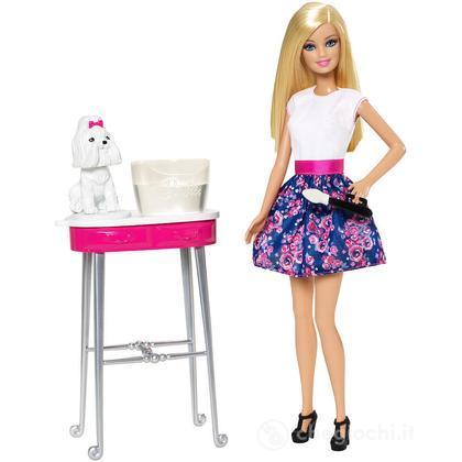 Barbie e la toilette dei cuccioli (CFN40)
