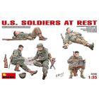 Soldati U.S. riposo. Scala 1/35 (MA35200)