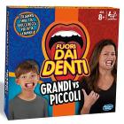 Fuori dai denti grandi vs piccoli (C3145103)