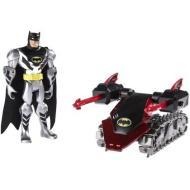 Batman Total Armor con veicolo - Carro armato (V8420)