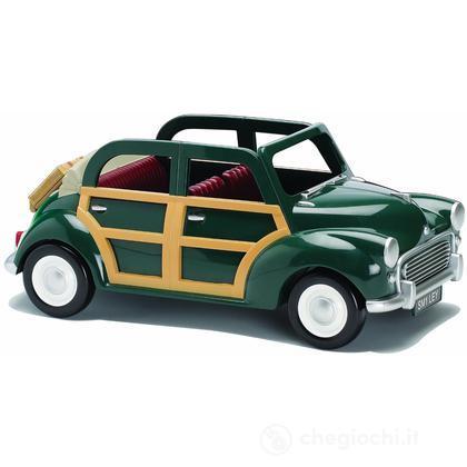 Auto famiglia verde (personaggi esclusi) (2000)