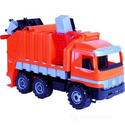 Camion operatore ecologico