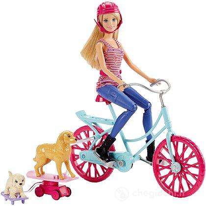 Barbie pedala coi cuccioli (CLD94)