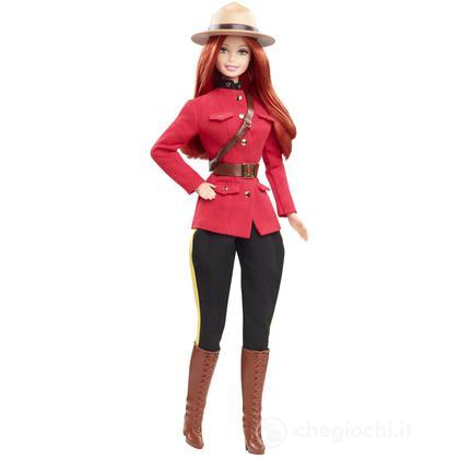 Barbie Dolls of the world - Canada (X8422)