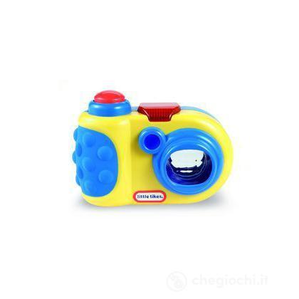 Prima fotocamera prismatica