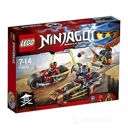 Inseguimento sulla moto dei Ninja - Lego Ninjago (70600)