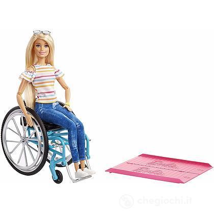 Barbie sedia a rotelle (GGL22)
