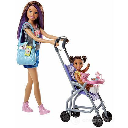 Barbie Skipper Babysitter con passeggino (FJB00 )