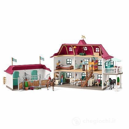Grande casa con scuderia e stalla. Centro equestre (42416)