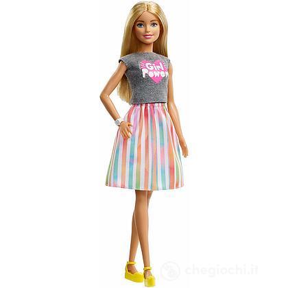 Barbie Carriere con Abiti (GFX84)
