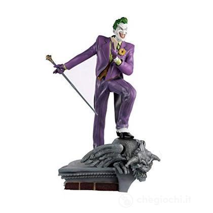 Dc Mega Statue - Joker On Roof 35 cm