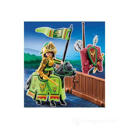 Cavaliere dell'aquila alla giostra medievale (5355)