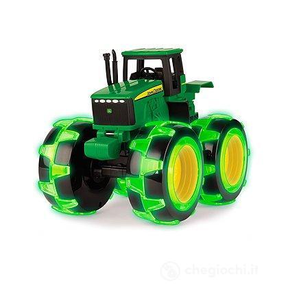 Trattoer Ertl John Deere con ruote luminose (LC46434)