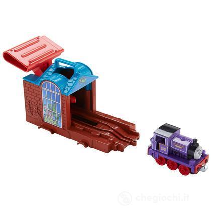 Charlie TakenPlay - Lanciatore di locomotive