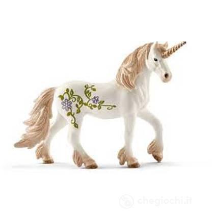 Unicorno in piedi (2570521)
