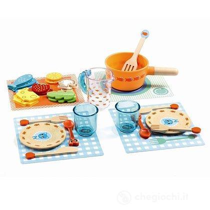 Ora di pranzo! Set cucina 29 pezzi in legno (DJ06547)