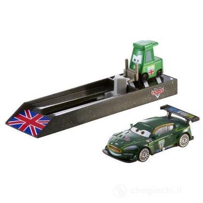 Cars Nigel Gearsley con lanciatore (Y9063)