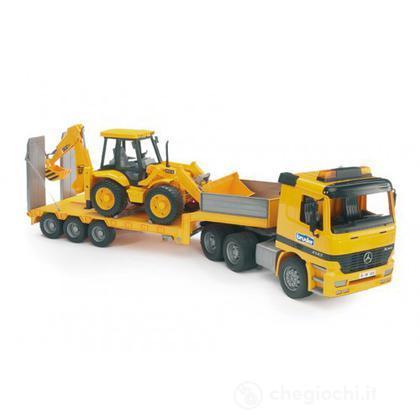 Camion MB con scavatore JCB (2655)