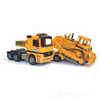 Camion Actros e bulldozer (2658)