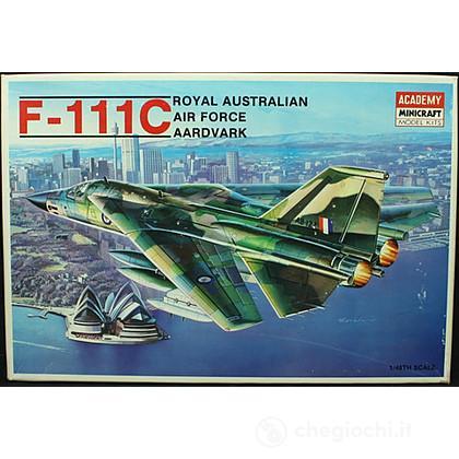 Aereo G/D F-111c Aardvark