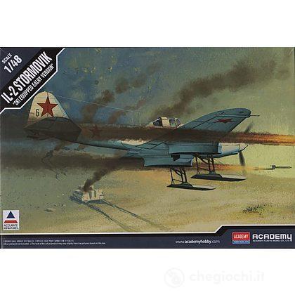 Aereo Stormovik Il-2 With Skis (AC12286)