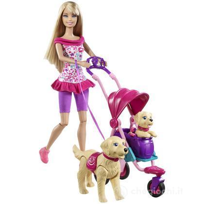 Barbie e i cuccioli a passeggio (T7197)