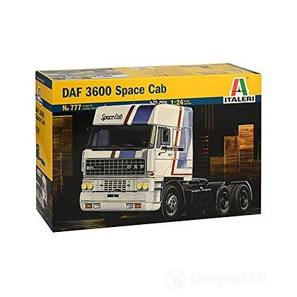Camion DAF 3600 SPACE 1/24 (0777)