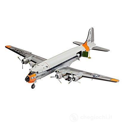 Aereo C-54 Skymaster (04877)